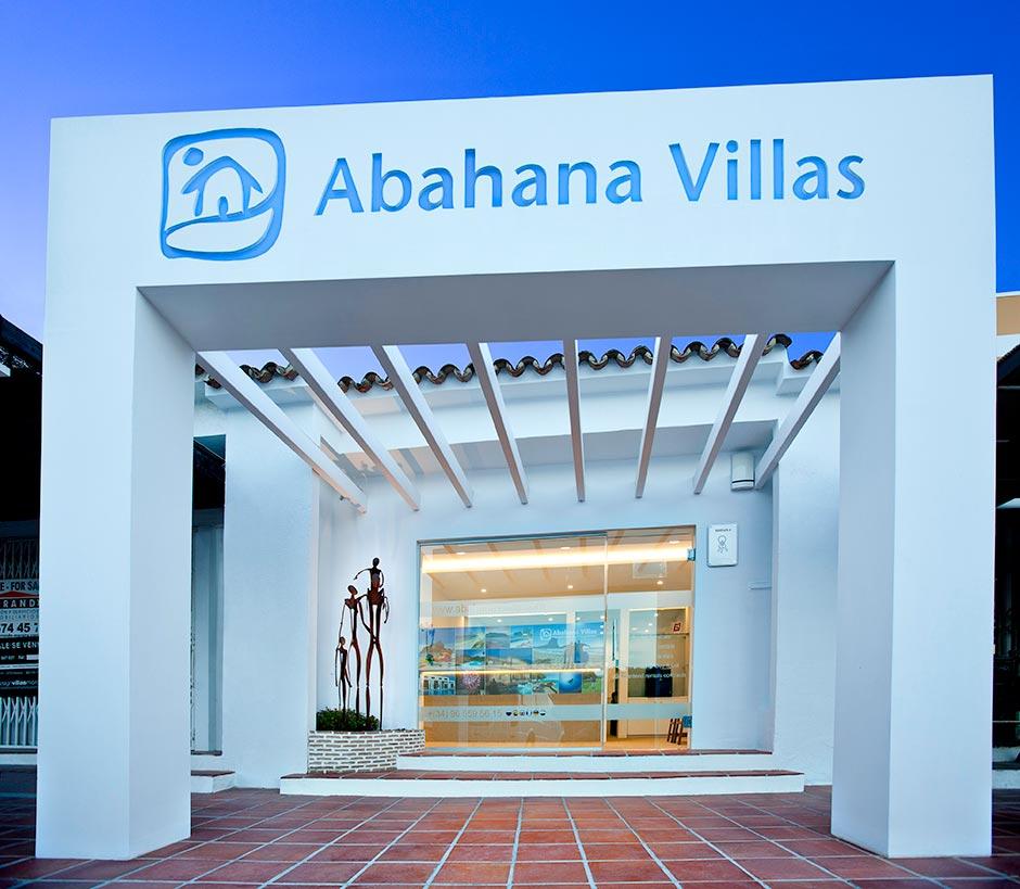 https://soltecsystem.com/wp-content/uploads/2014/11/Abahana-villas-xavier-pastor-1.jpg