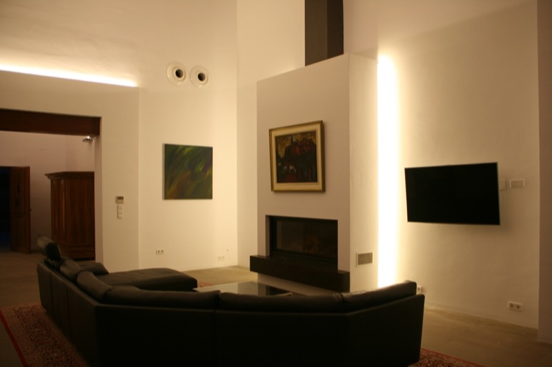 https://soltecsystem.com/wp-content/uploads/2014/11/Iluminacion-casa-rustica-03.jpg
