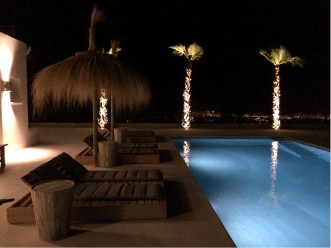 https://soltecsystem.com/wp-content/uploads/2015/08/Donaco-proyecto-iluminacion-jardines3.jpg